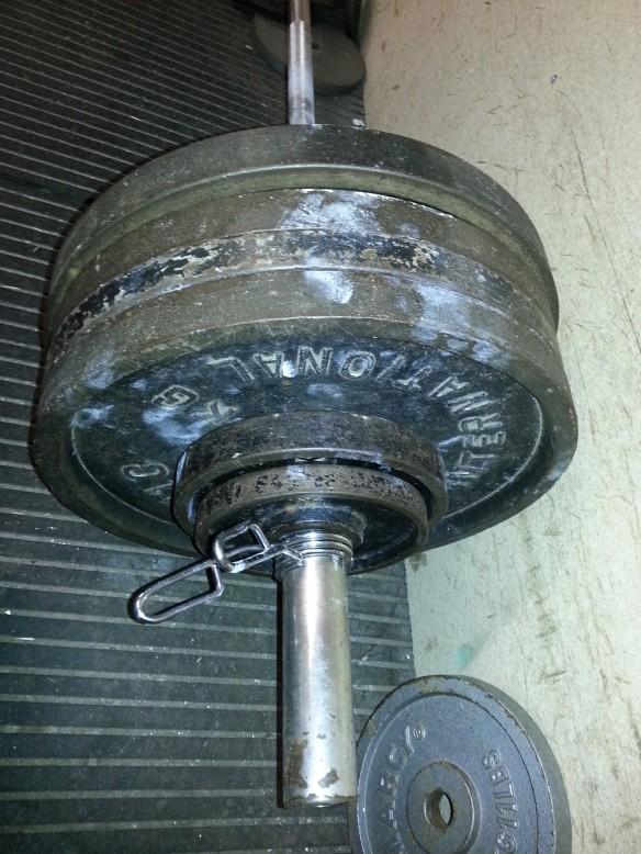 195kg